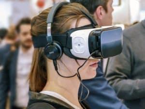 провести время очки виртуальной реальности